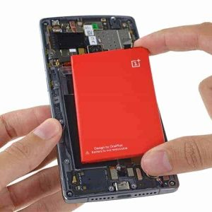 oneplus 2 battery replace 1 300x300 - Oneplus 2 Completely disassembled Hardwares Info with Video